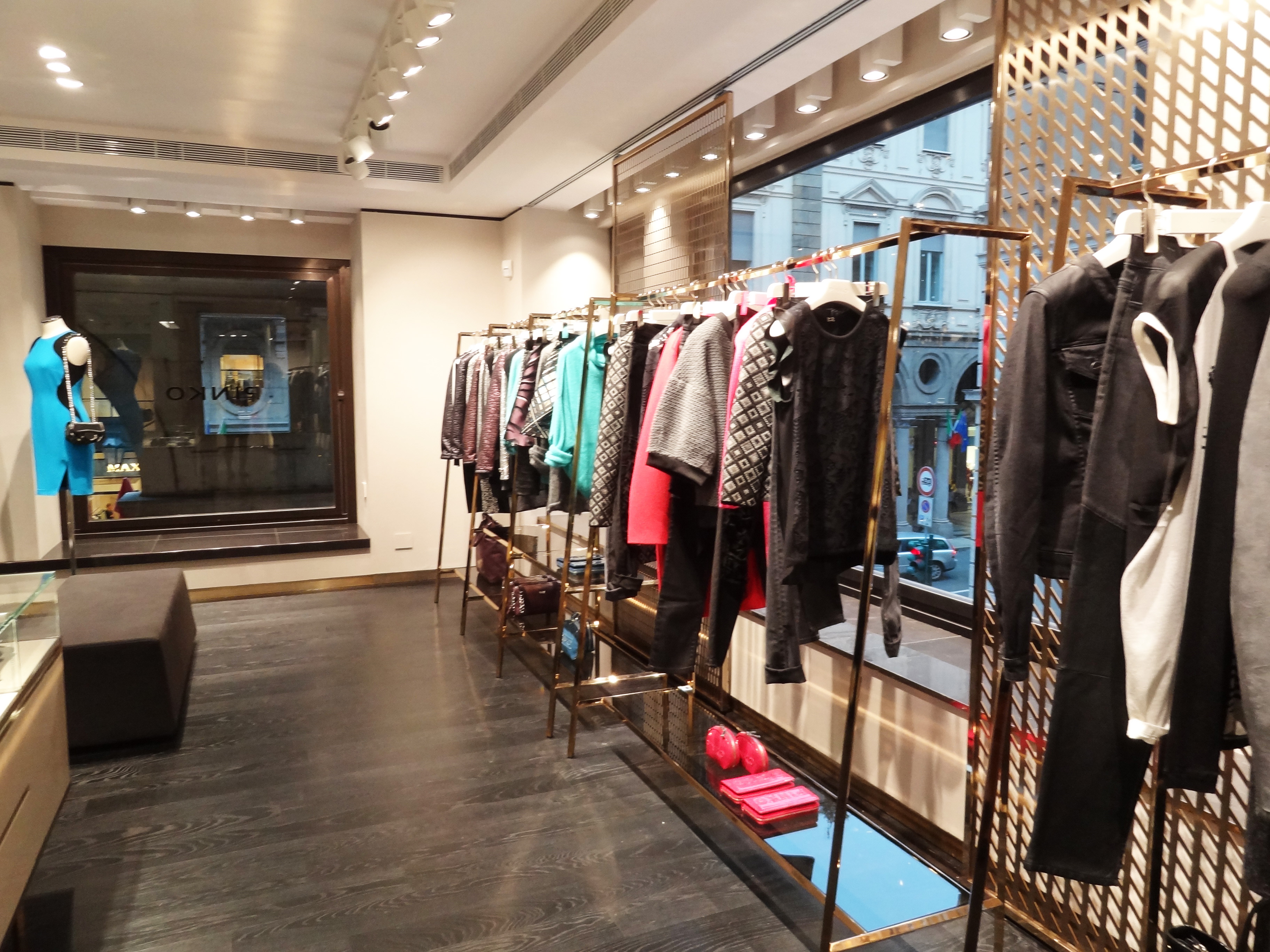 factory authentic 1f299 2ad9e Re-Opening Pinko in Turin
